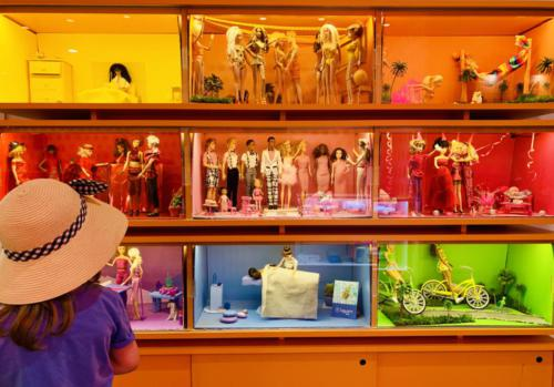 Barbie-Kollektion in der Lobby